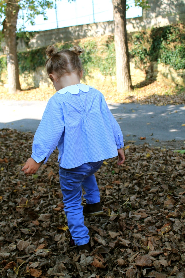 transformando camisa de niño en blusa de niña