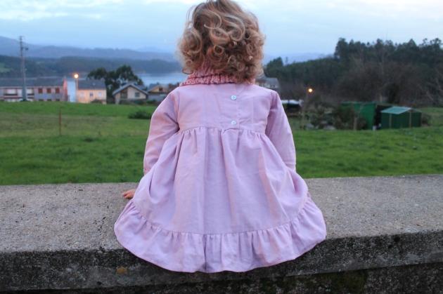 patrón vestido niña volante