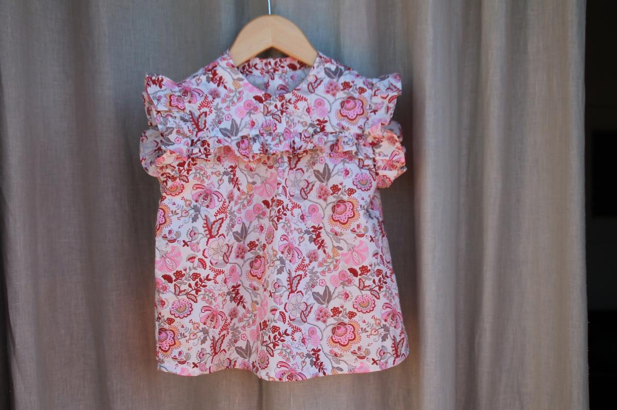 Con Liberty estrenamos mes: DIY blusa de niña.