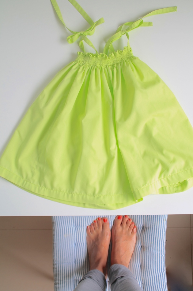 vestido, frunces, niña, goma
