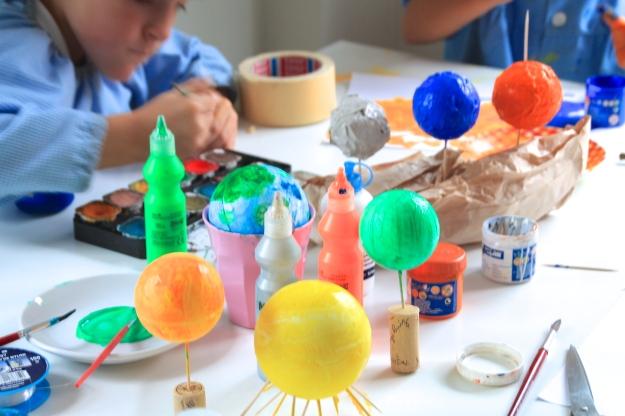 manualidades niños, planetario